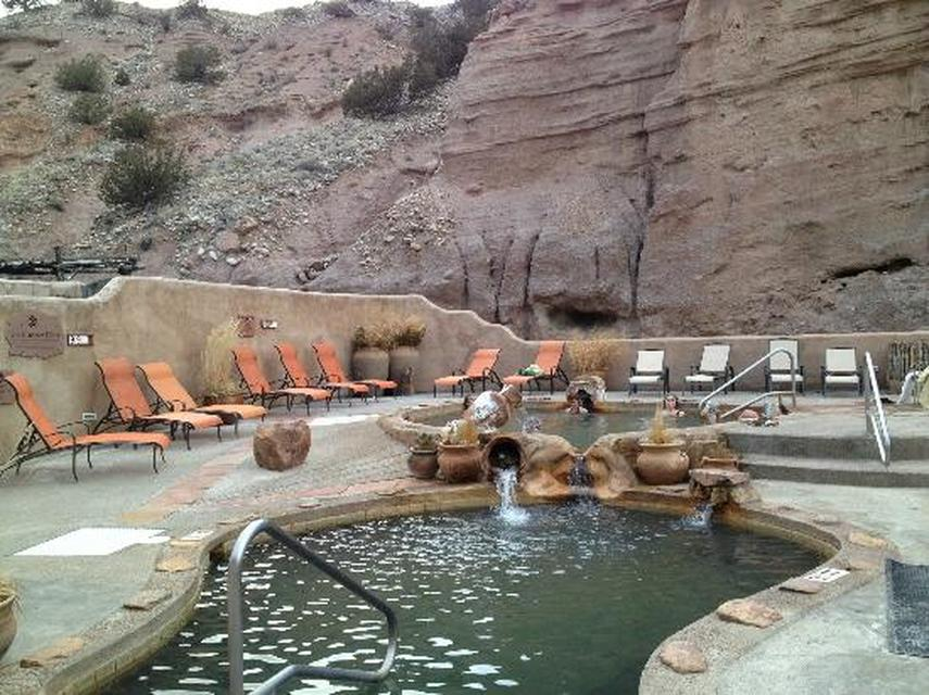 Ojo caliente hot springs ultimate hot springs guide for Eagleville pool and spa