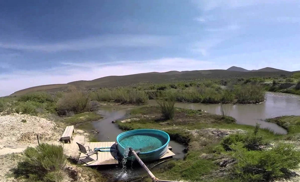 Paradise Valley Hot Spring - ULTIMATE HOT SPRINGS GUIDE